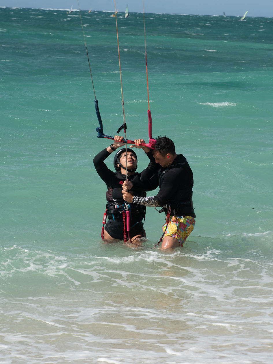 The Greatest Kitesurfing Spots of Maui - Almas